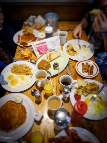 neighborhood_restaurant-27